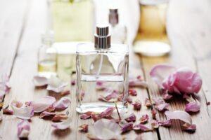 Как сделать свои собственные духи и парфюмы. Духи из натуральных компонентов.